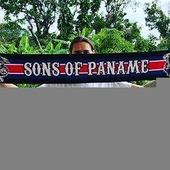 Au tour de Nicolas de porter fièrement ses couleurs depuis la Guadeloupe ! Allez Paris ! 🔴🔵 . . --> Disponible dans toutes les tailles Adultes et Enfants dans différents coloris sur www.lutecity.com ! 😍👍 . . Pour commander nos écharpes, boxs, bannières, hoodies, T-shirt's : www.lutecity.com / www.lutecity.com 🔴🔵🤙 . . . #Paname #parisien #parisestmagique #killian #psg #paris #icicestparis #lutecity #neymar #psgreal #6m #hoodie #tshirt #echarpe #6M #ensembleonvalefaire #neymar #cavani